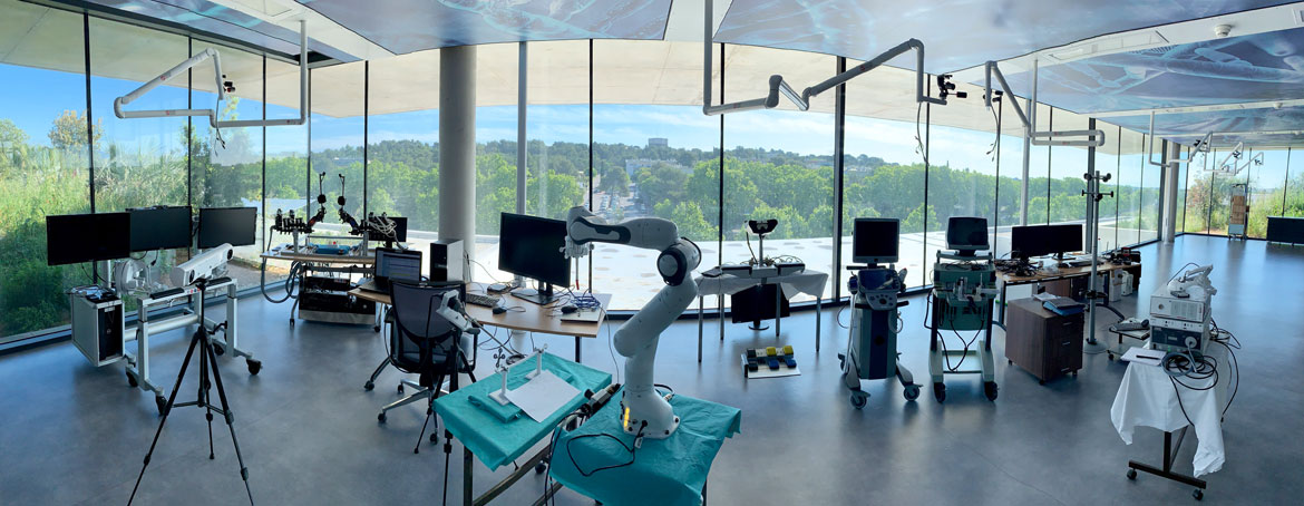 sssr-2019 Working on translationnal activities in surgical robotic inside LIRMM office located in the new medical school of Montpellier, France.